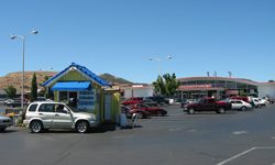 Willow Tree Plaza Shopping Center