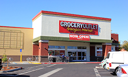 Grocery Outlet in Sacramento